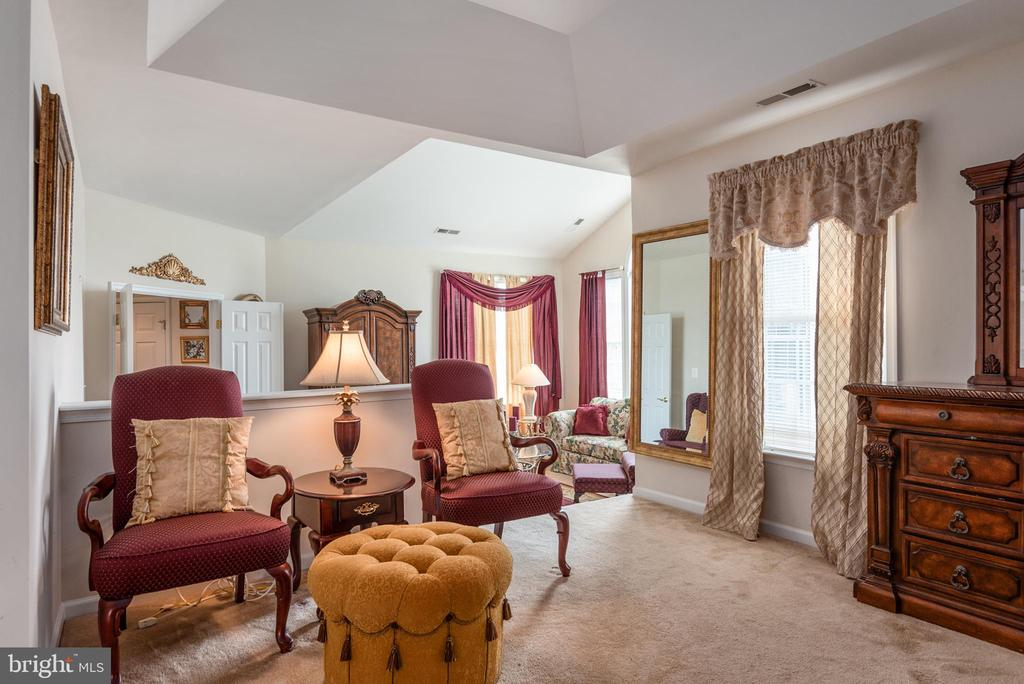 Luxury Master Suite - 4004 SAPLING WAY, TRIANGLE