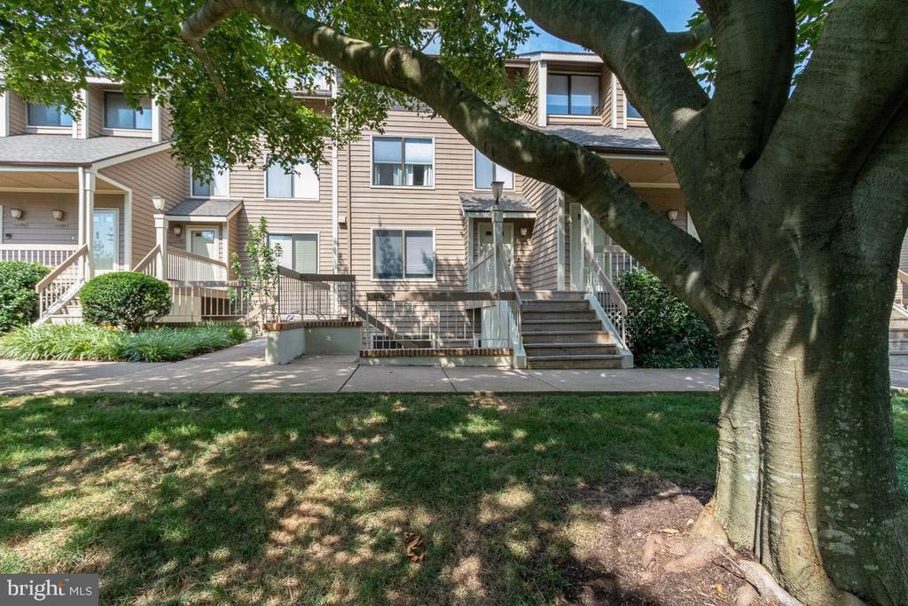 Welcome to Harbor Point Condominiums! - 11184 HARBOR CT, RESTON