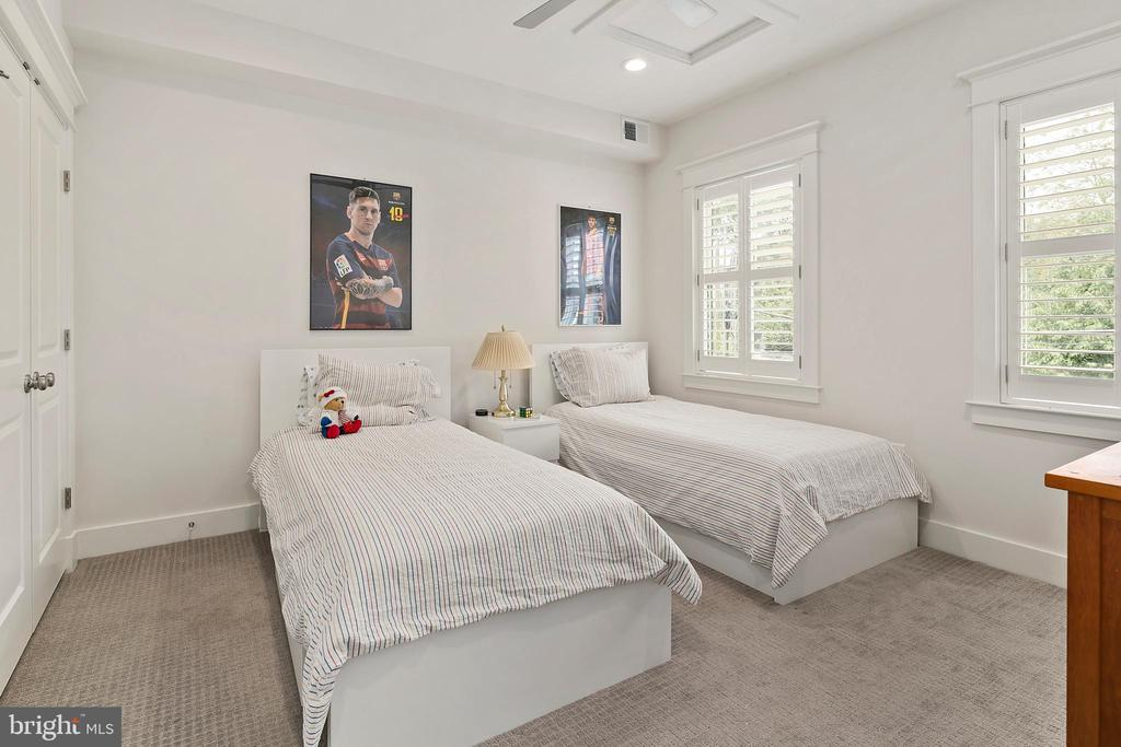 Bedroom 2 - 2408 16TH ST N, ARLINGTON