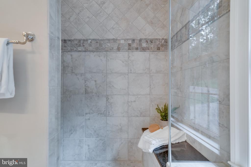 Master shower - 8305 CRESTRIDGE RD, FAIRFAX STATION
