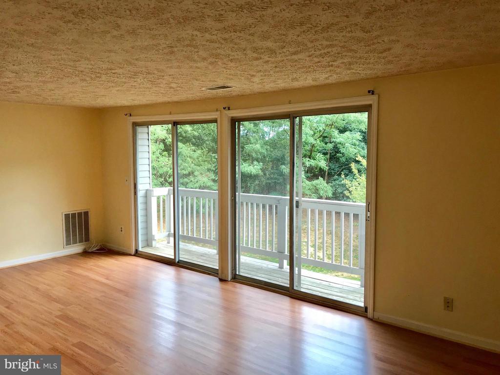 Nice Open Floor Plan! - 3371 YOST LN #C-202, DUMFRIES