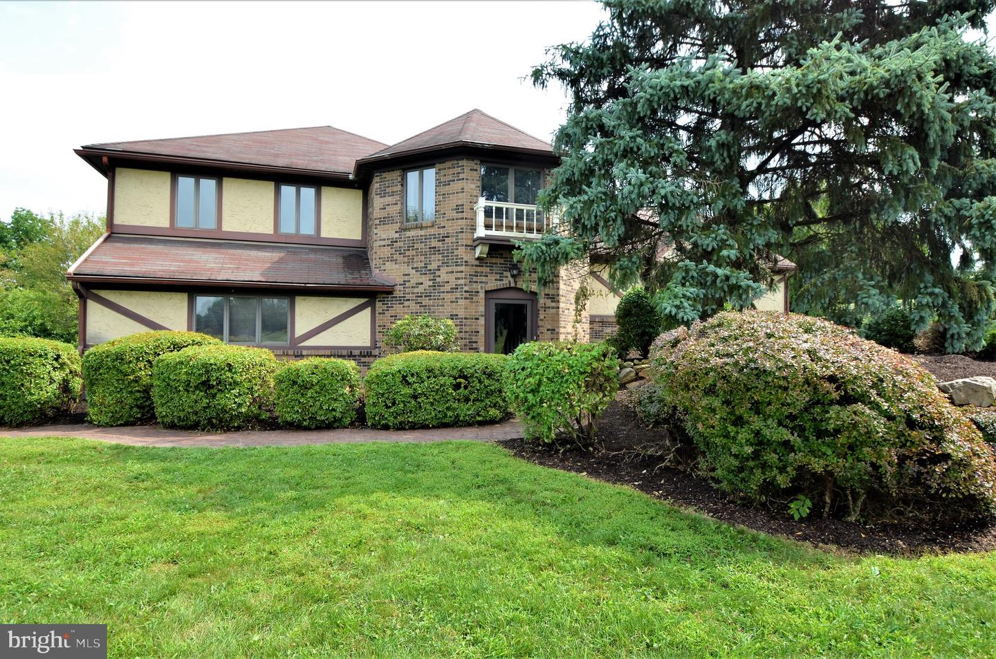 Single Family Homes for Sale at Nazareth, Pennsylvania 18064 United States