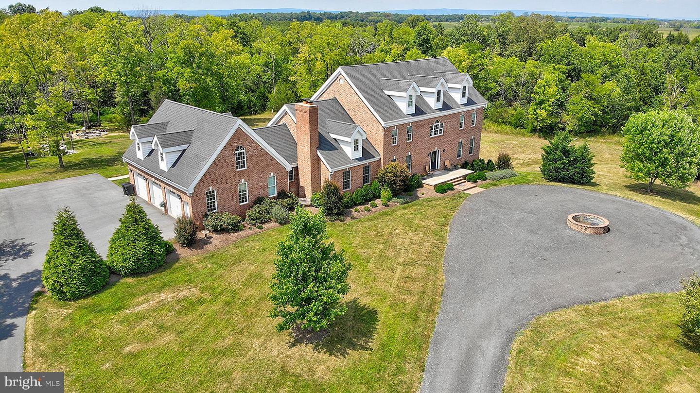Single Family Homes vì Bán tại Berryville, Virginia 22611 Hoa Kỳ