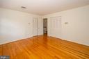 Bedroom  1 door to hallway - 101 SW MORVEN PARK RD SW, LEESBURG