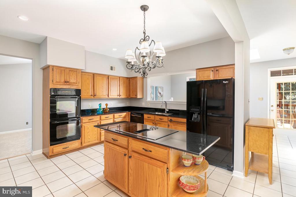 Kitchen - 13807 LAUREL ROCK CT, CLIFTON