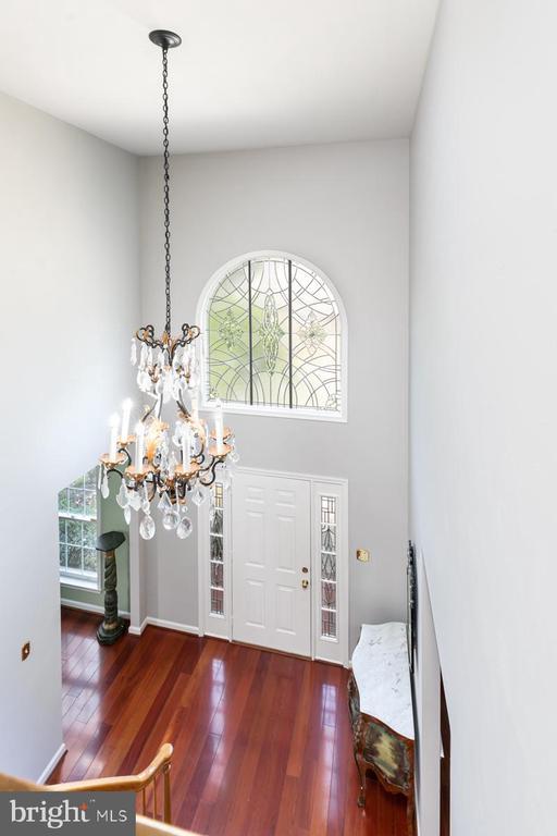 Overlook of the foyer - 13807 LAUREL ROCK CT, CLIFTON