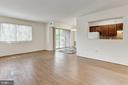 Living room - 1600 RENATE DR #301, WOODBRIDGE