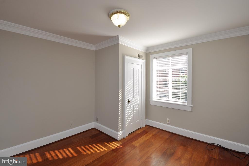 Bedroom 2 - 611 CAROLINE ST, FREDERICKSBURG