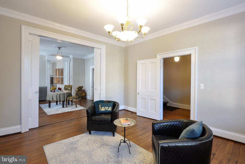Notice the large pocket doors between room - 611 CAROLINE ST, FREDERICKSBURG