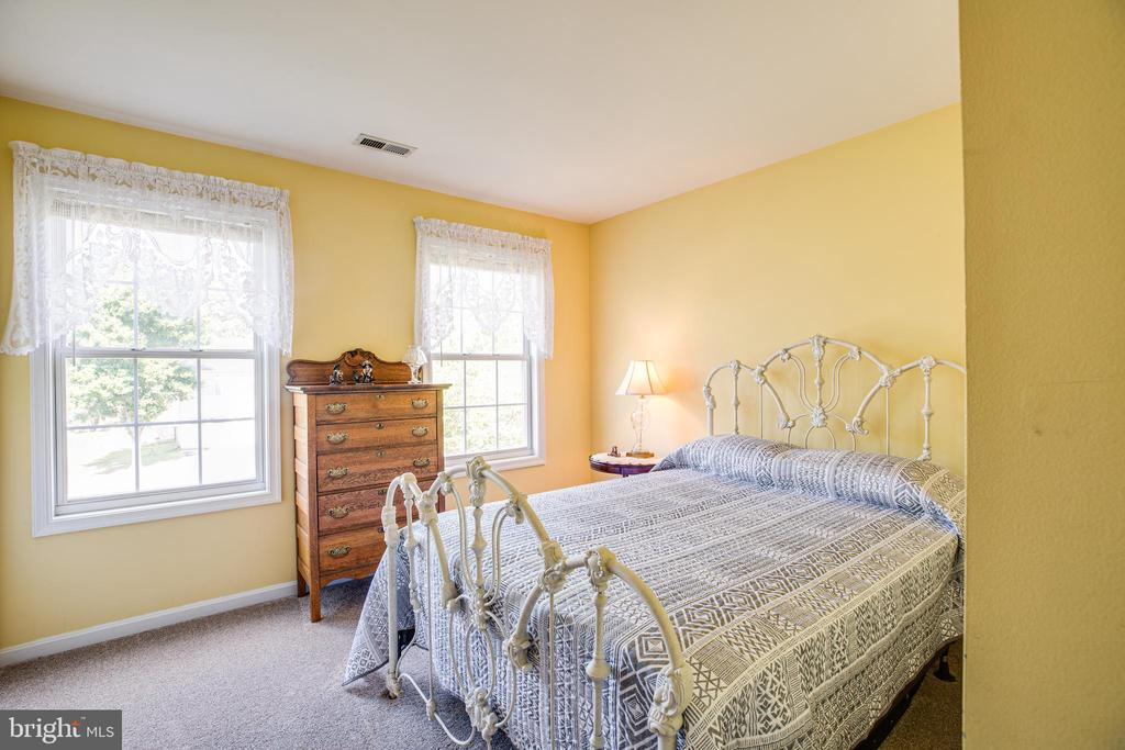 Bedroom 2  (new carpet 2019) - 5 ANTIETAM LOOP, STAFFORD