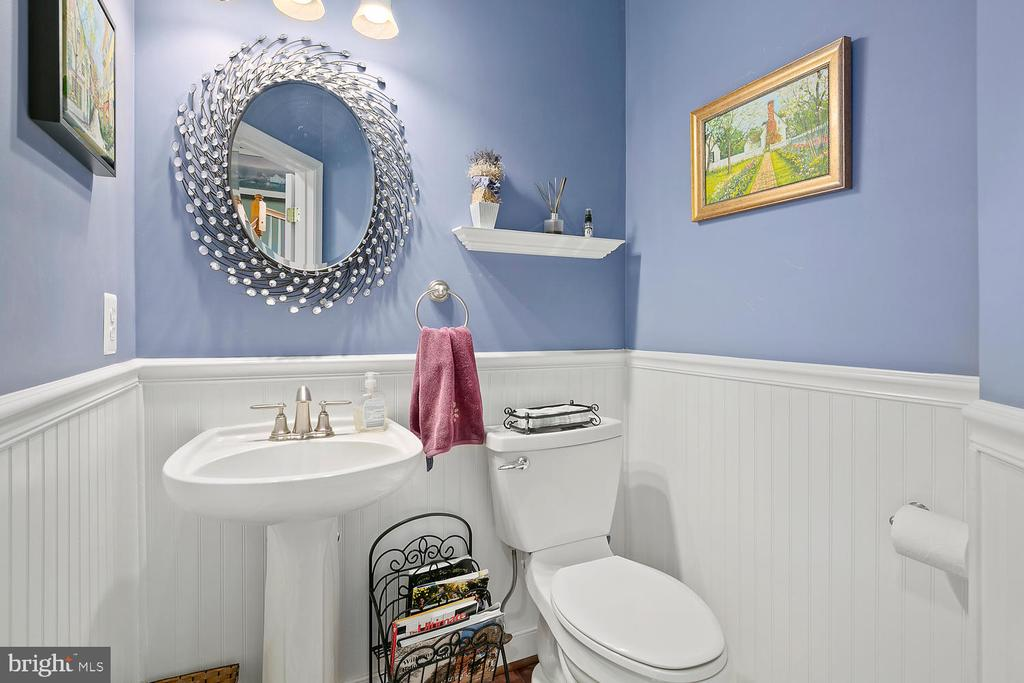 First Floor Half Bath - 21332 MARSH CREEK DR, BROADLANDS