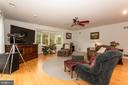 Comfortable Family Room With Balcony Views - 6401 STALLION RD, CLIFTON
