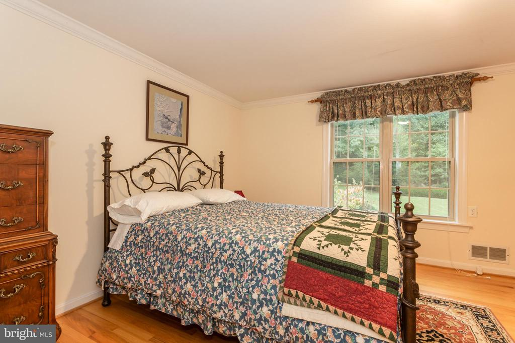 Upper Level Forth Bedroom - 6401 STALLION RD, CLIFTON