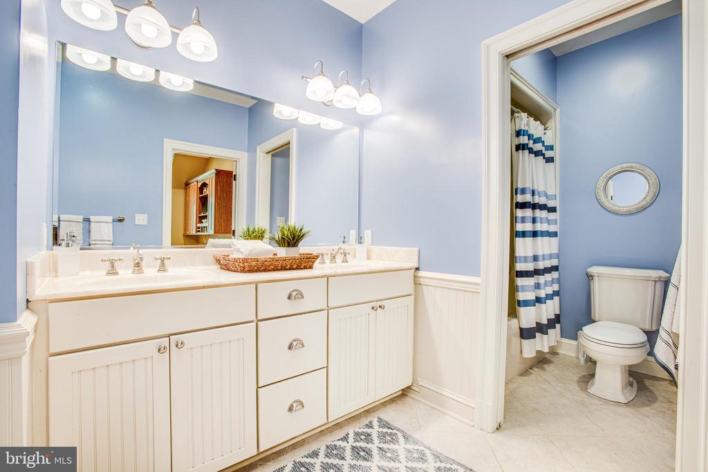 Bathroom - 11305 HONOR BRIDGE FARM CT, SPOTSYLVANIA