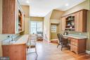 Upstairs built-in desk area - 11305 HONOR BRIDGE FARM CT, SPOTSYLVANIA