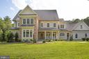 So much architectural interest! - 11305 HONOR BRIDGE FARM CT, SPOTSYLVANIA