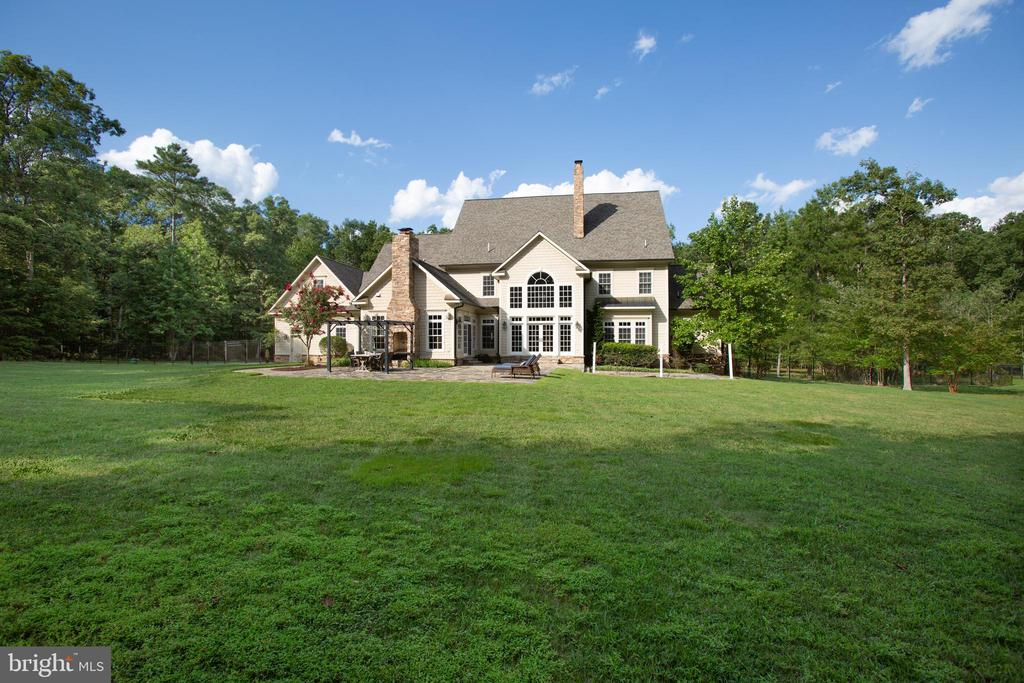 Look at this property! - 11305 HONOR BRIDGE FARM CT, SPOTSYLVANIA