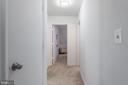 Downstairs Hallway to Bedrooms and Bath - 1010 LAKEVIEW PKWY, LOCUST GROVE