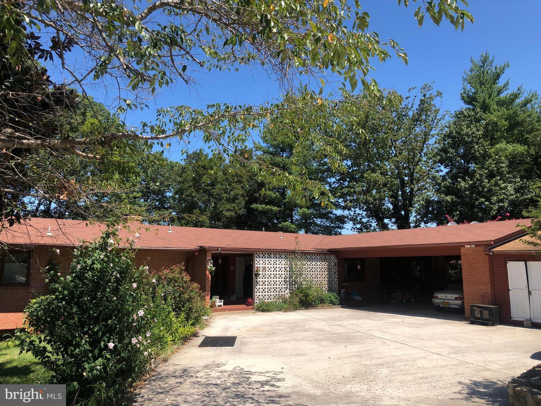 Woodbridge                                                                      , VA - $849,500