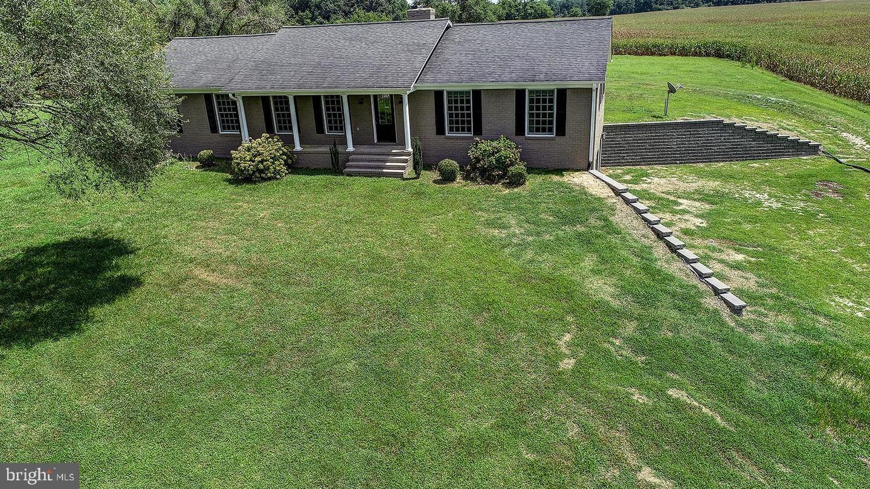 Single Family Homes للـ Sale في Warsaw, Virginia 22572 United States