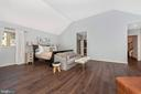 Brand new floors in master ensuite - 9708 WOODLAKE PL, NEW MARKET