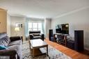 Living room with hardwoods on main level - 8506 SADDLE CT, MANASSAS