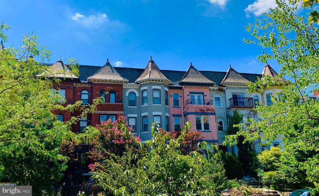 Live in the heart of DC! - 1304 FAIRMONT ST NW #1, WASHINGTON