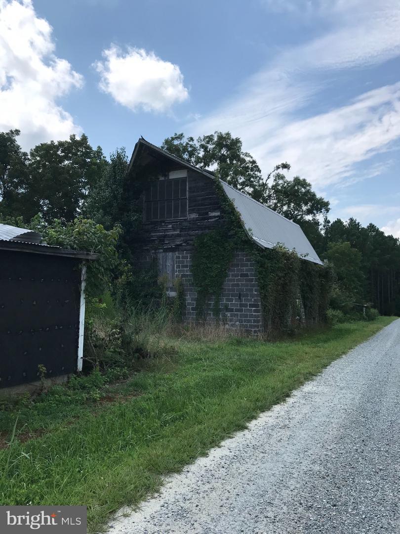 Additional photo for property listing at  Callao, Virginia 22435 Estados Unidos