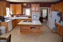 Huge kitchen with large Island - 6206 N WILLOW POND DR, FREDERICKSBURG