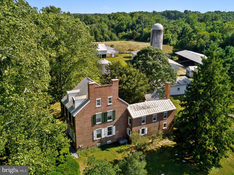 Single Family Homes pour l Vente à Townsend, Delaware 19734 États-Unis