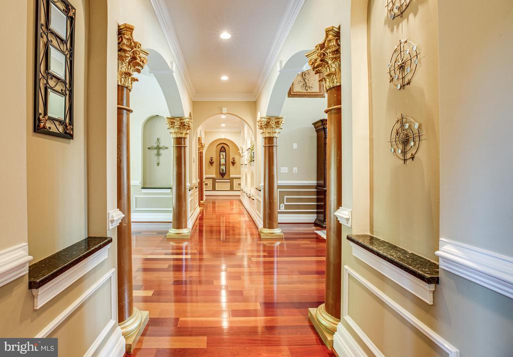 Beautiful Cherry Hardwood Floors - 9 WINNING COLORS RD, STAFFORD