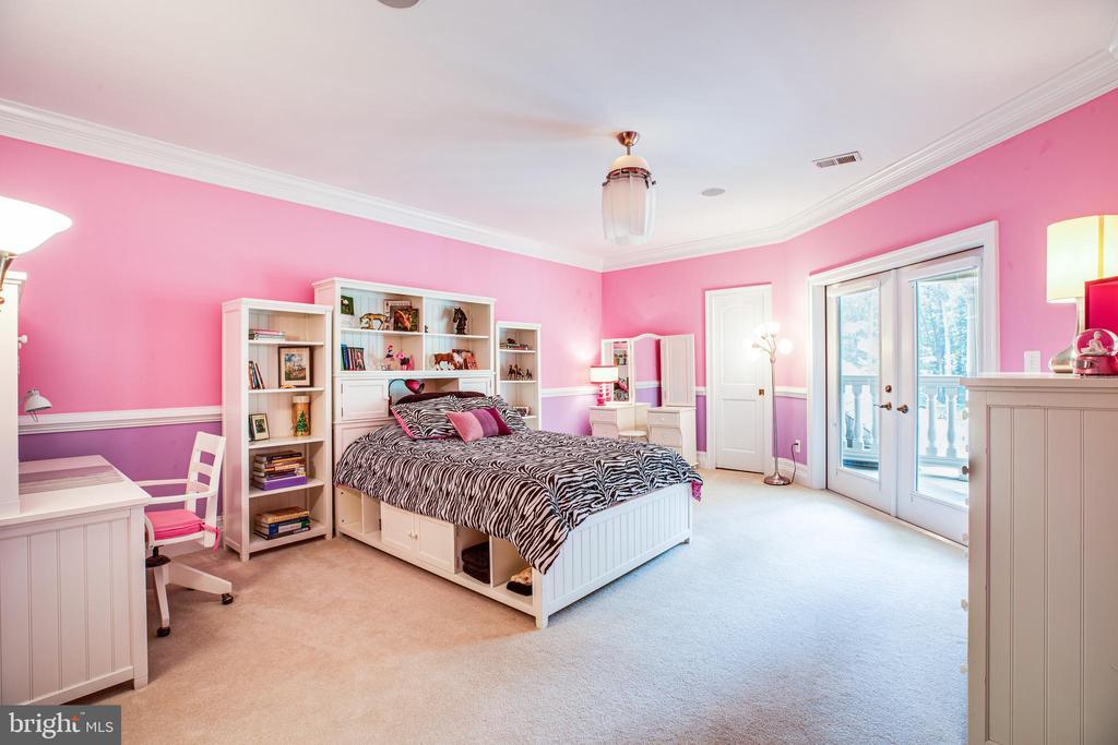 Bedroom 4 - 9 WINNING COLORS RD, STAFFORD