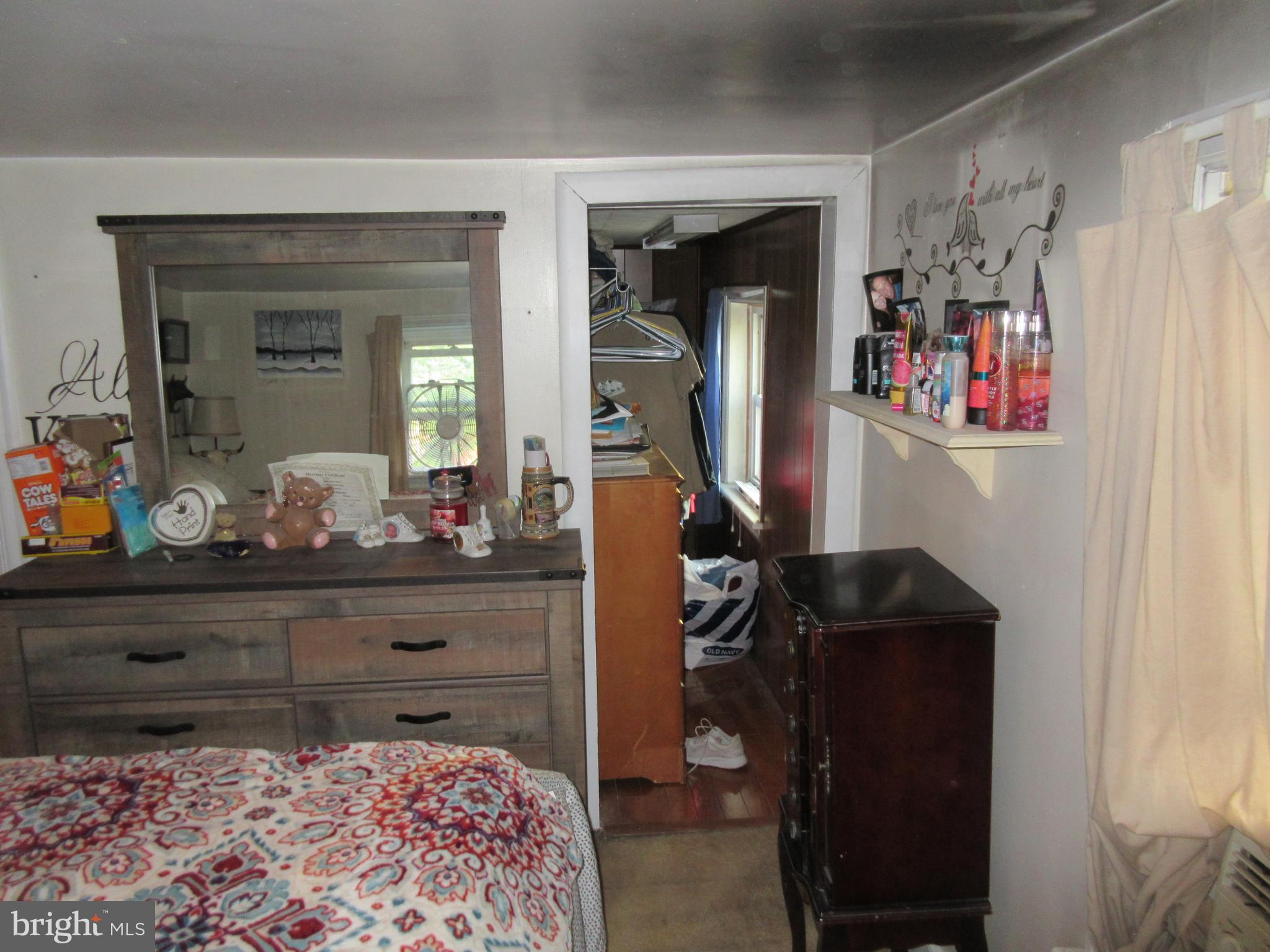 Bedroom WIC