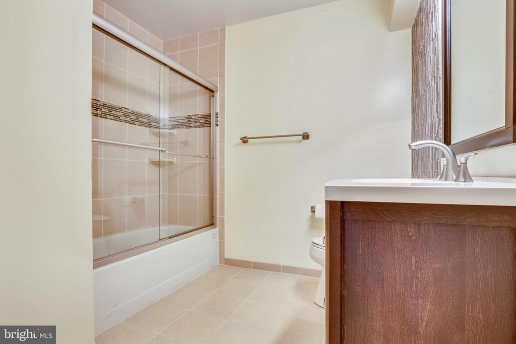 Lower Level Full Bath- - 749 S GRANADA ST S, ARLINGTON