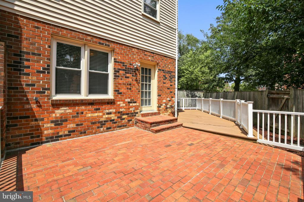 Large Brick Patio with Deck- pic 1 - 749 S GRANADA ST S, ARLINGTON
