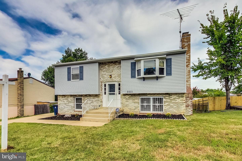 Single Family Homes για την Πώληση στο District Heights, Μεριλαντ 20747 Ηνωμένες Πολιτείες