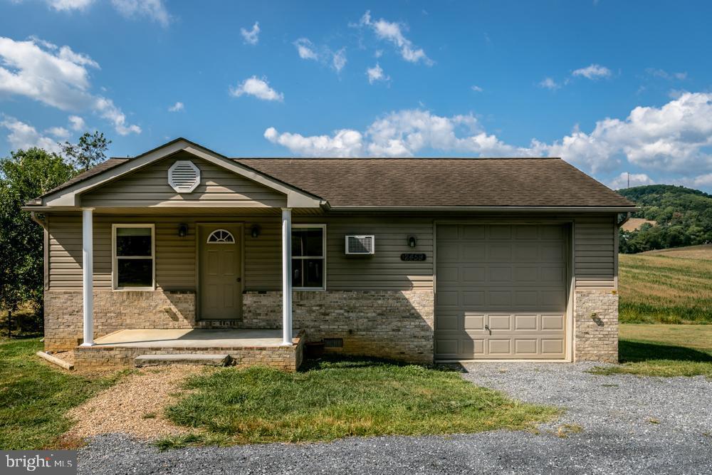 Single Family Homes للـ Sale في Broadway, Virginia 22815 United States