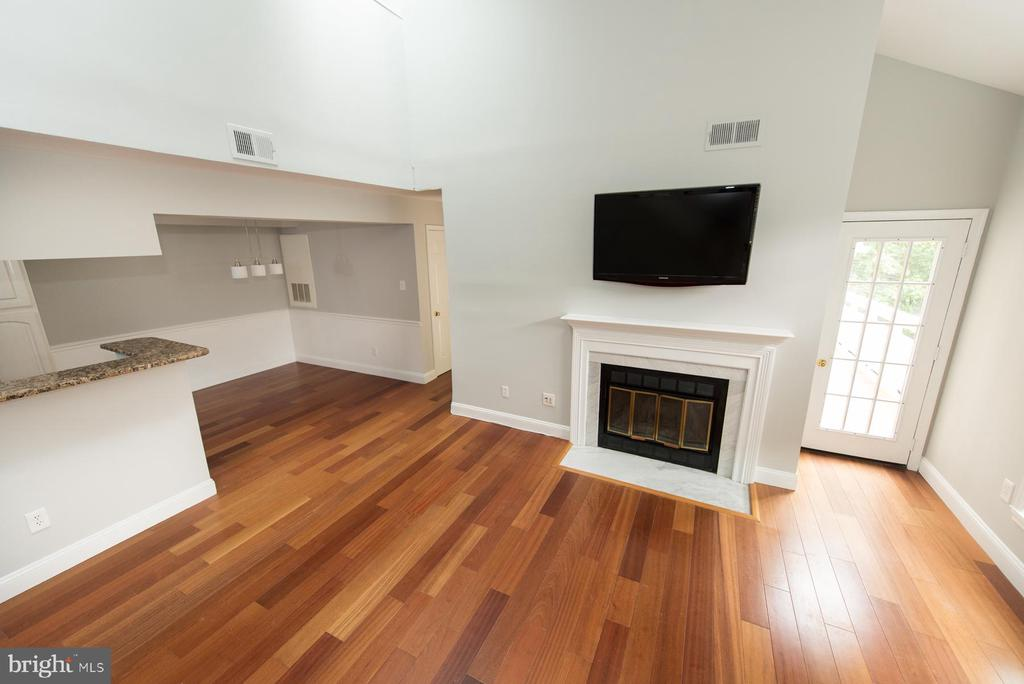 This unit offers beautiful hardwood flooring - 2224 SPRINGWOOD DR #106A, RESTON