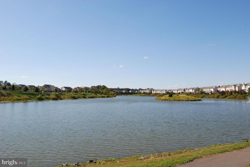 Lake in Broadlands - 21536 INMAN PARK PL, ASHBURN