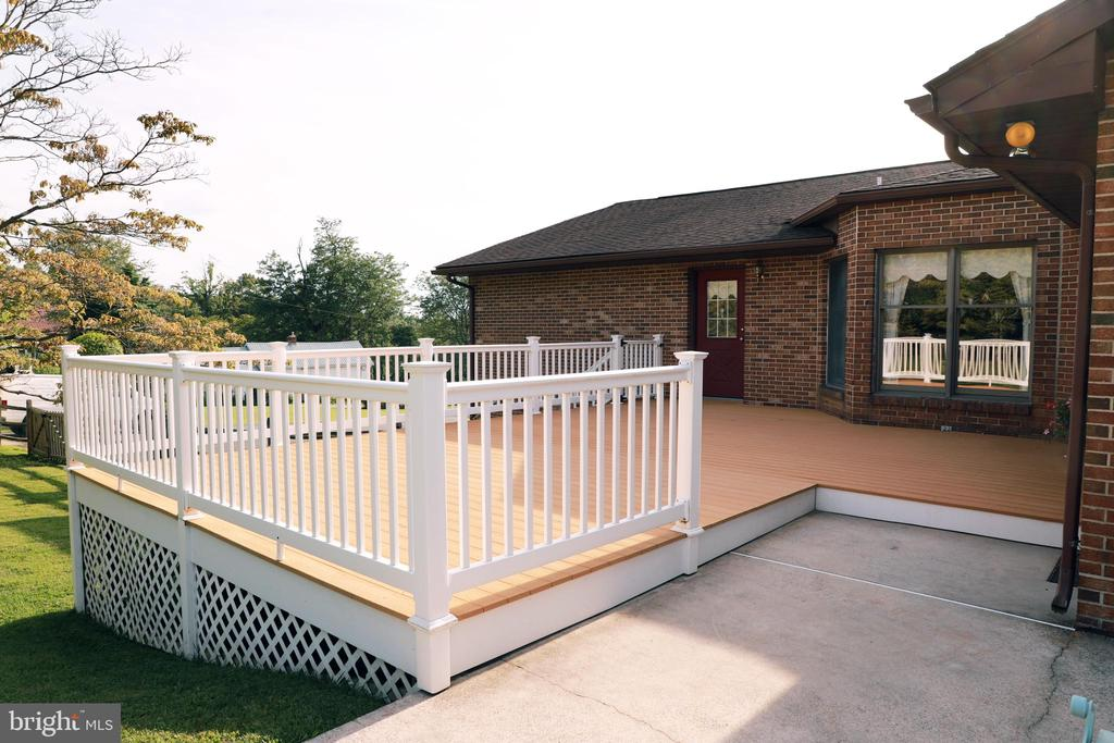 Deck off Kitchen, Master Bedroom, Family Room - 7839 RIDGE RD, FREDERICK