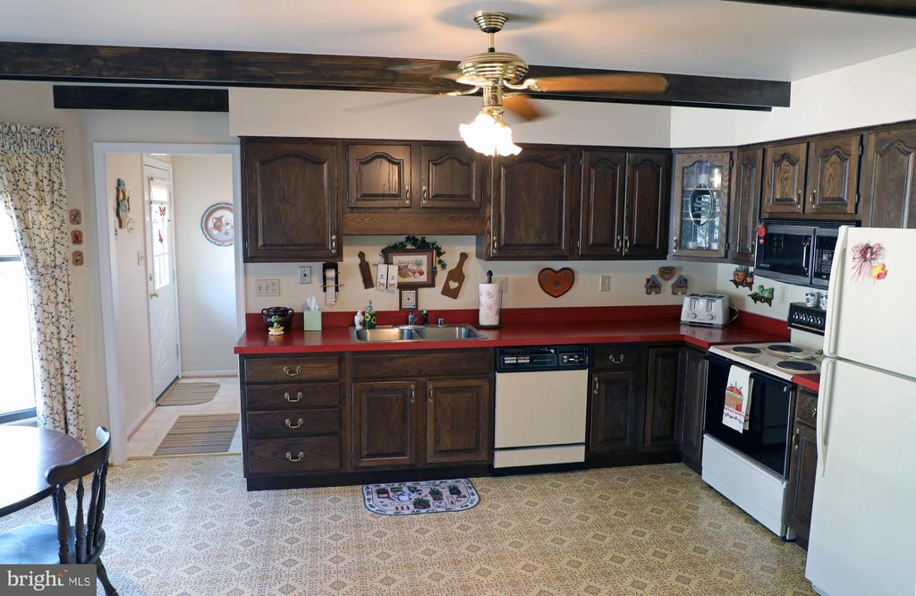Kitchen is Large and offers Eat-In space. - 7839 RIDGE RD, FREDERICK