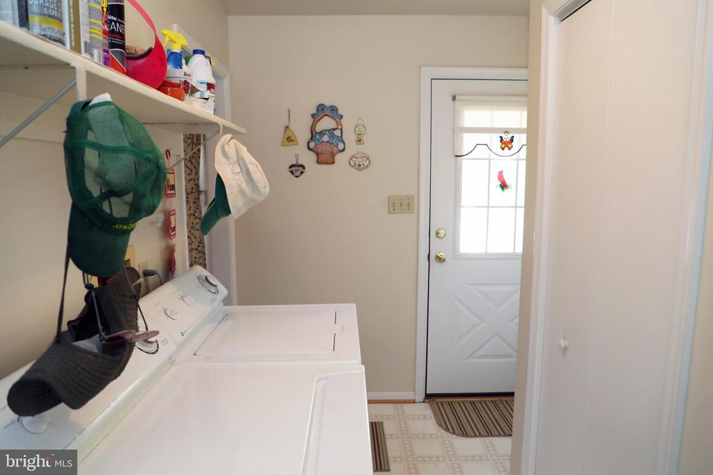 Mud room with entrance to deck - 7839 RIDGE RD, FREDERICK