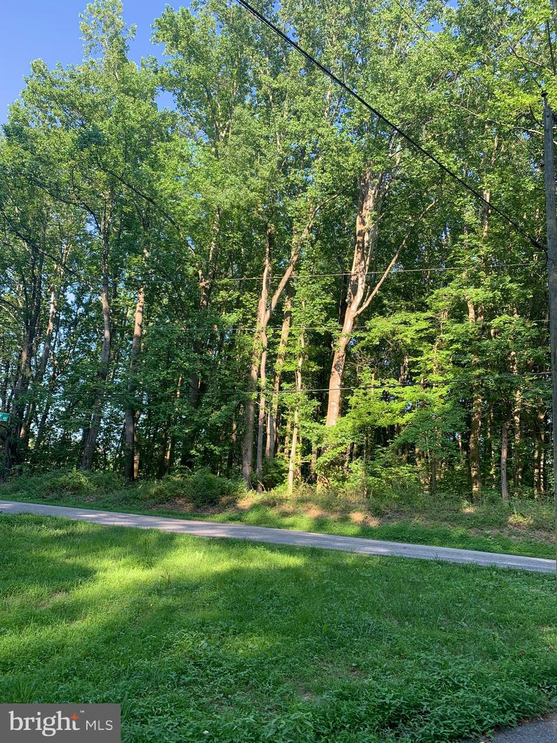 Land for Sale at Deale, Maryland 20751 United States