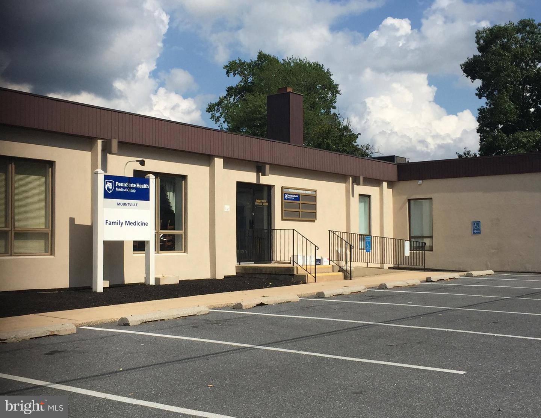 Single Family Homes 용 임대 에 2 COLLEGE Avenue Mountville, 펜실바니아 17554 미국