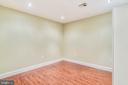 In Law/AuPair/Suite with Portable Closet - 2996 SLEAFORD CT, WOODBRIDGE