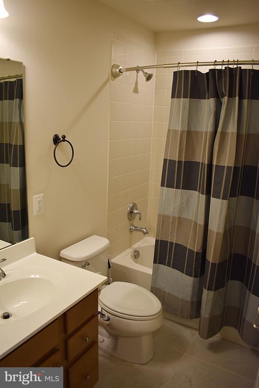 Hall Full Bathroom - 14 ERIE, FALLING WATERS