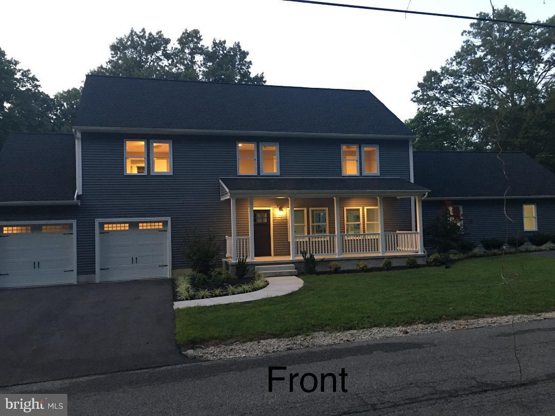 Single Family Homes для того Продажа на Essex, Мэриленд 21221 Соединенные Штаты