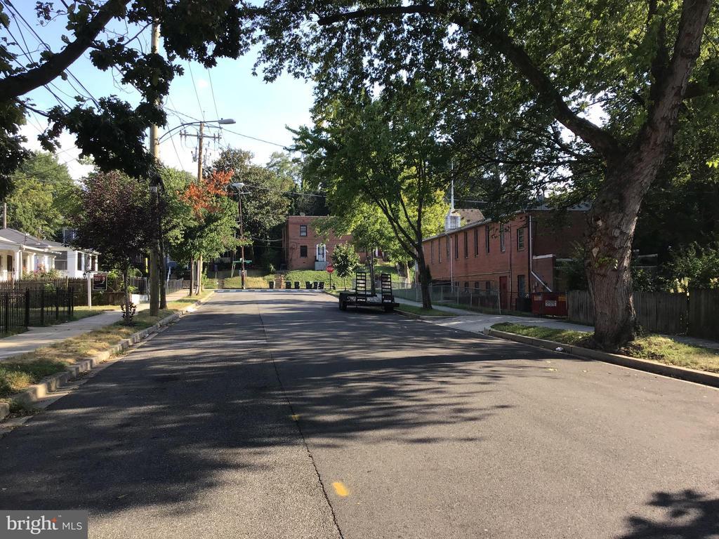 Street View - 1014 50TH ST NE, WASHINGTON