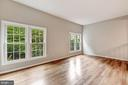 Natural light throughout the living room - 2183 GREENKEEPERS CT, RESTON