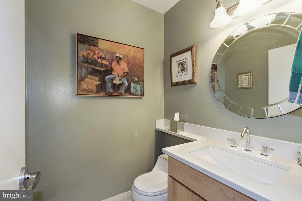 1/2 Bath - 1348 EUCLID ST NW #204, WASHINGTON